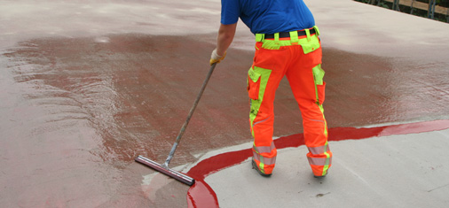 MC-DUR LF 680 can be used as a primer, scratch coat and sealant at temperatures of down to 2 °C and in high humidity.